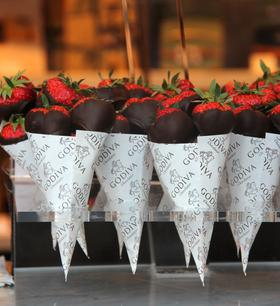 Detailbild Erdbeeren Tüten