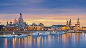 Dresden Elbufer im Sonnenuntergang