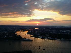 Winterlicher Sonnenuntergang nahe Koblenz