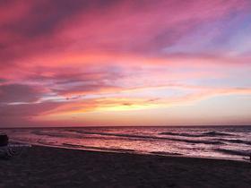 Kubanischer Sonnenuntergang am Strand