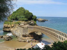 Kleine Halbinsel nahe Biarritz, Frankreich